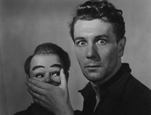 Michael Redgrave and Hugo. But which is the dummy?  Ealing Studios' classic Dead of Night from 1945